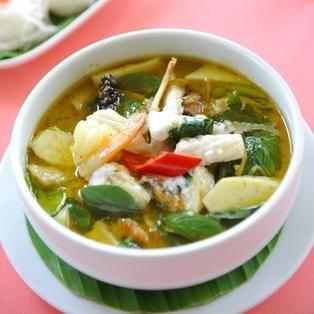 curry_verde_tailandes_cuadrada.9647210_s