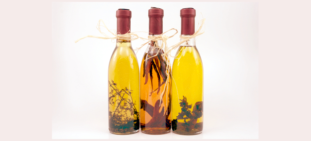 Aceites_infused_1_largo_iStock_000005506164XSmall