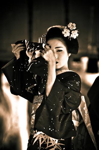 geisha_tapandose_Baraka50_5656233084_0595e656fe