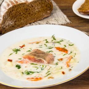 Laxsoppa o sopa de salmón sueca
