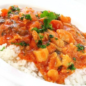 Curry de pollo fiyiano